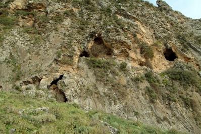 Stravomytis' cave