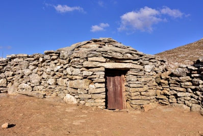 Mountain Architecture (mitata)